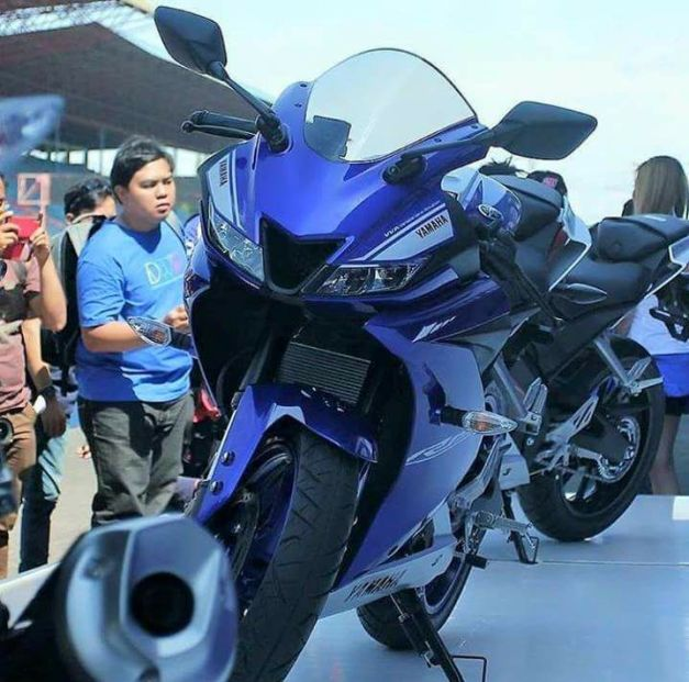 yamaha-r15-v3-racing-blue